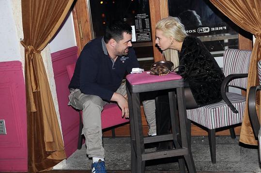 Kristelová a Novotný se potkali na narozeninové oslavě.