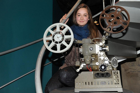 Ve filmu si zahrála potřetí, ale poprvé větší roli.