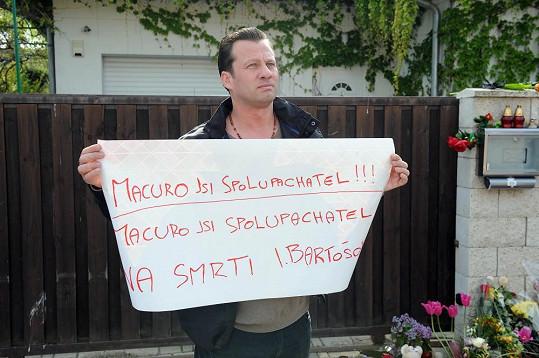 Kromě Rychtáře ze skonu zpěvačky viní i Zdeňka Macuru.