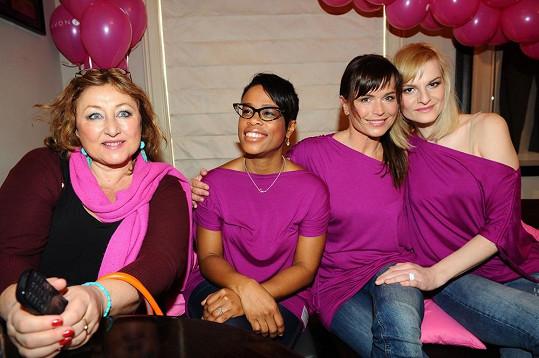 Nové ambasadorky růžového pochodu naděje.