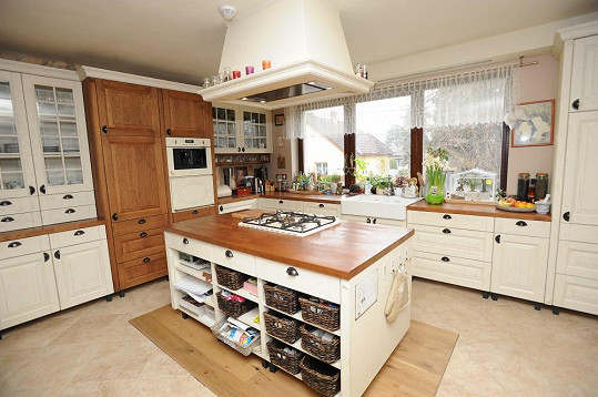 Kuchyň je základem každé domácnosti.