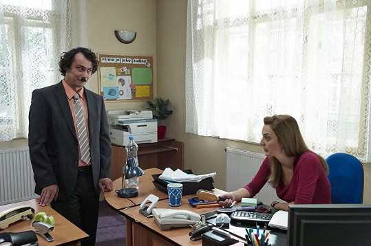 Šéfa jim hraje Pavel Liška.