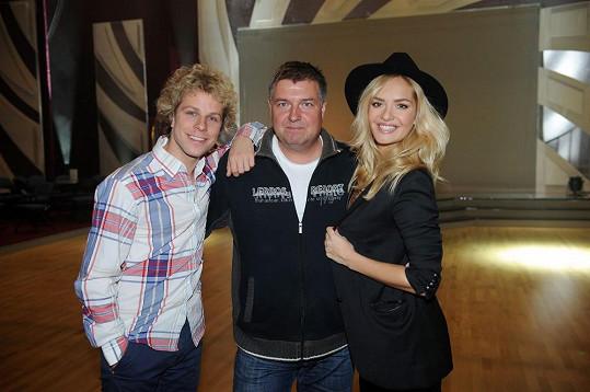 Honza s Táňou s režisérem StarDance Romanem Petrenkem.