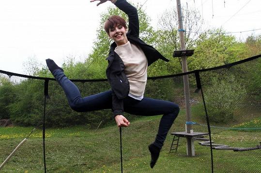 Gabriela Kratochvílová si to na trampolíně užila.