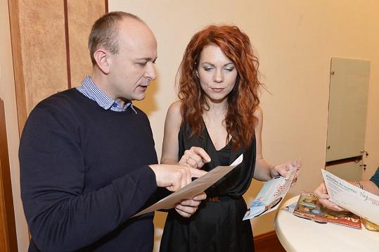Pořadatel Nej sestřičky David Novotný s Míšou Noskovou