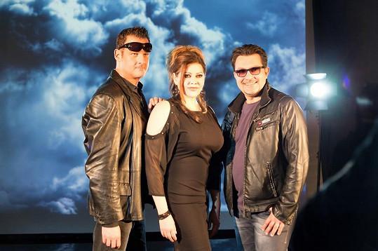 Producenti a zpěváci Mattioli a Andrei si s Ilonou padli do oka.