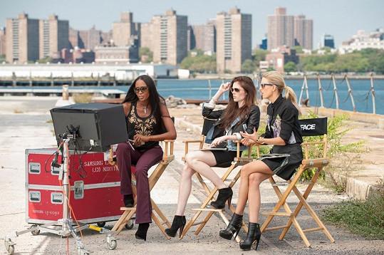 Karolína, Naomi Campbell a Coco Rocha působily jako mentorky v soutěži The Face.