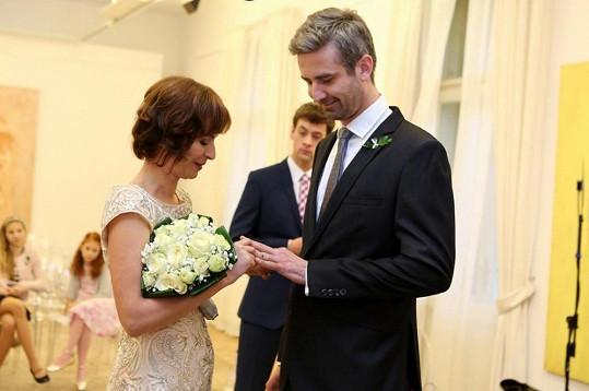 Svatba to byla komorní.