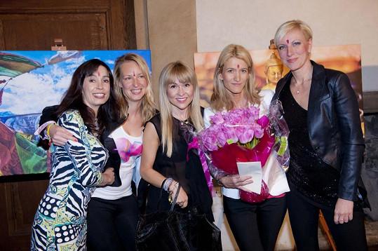 Nela Boudová, Martina Procházková, Kateřina Herčíková, Monika Navrátilová a Renata Drössler.