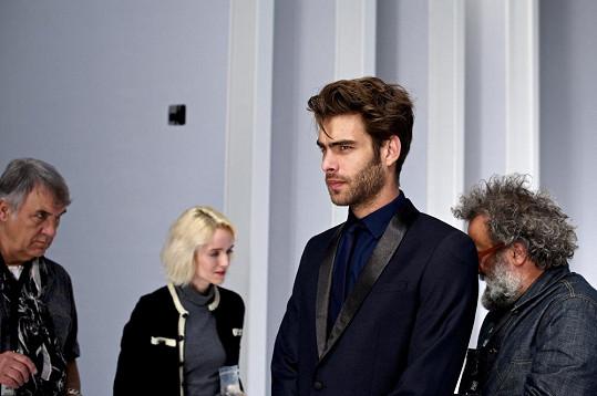 Jon je osmý z deseti nejúspěšnějších modelů světa.