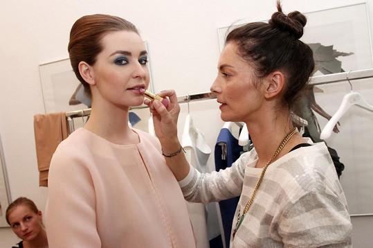 O make-up se postarala Lucia Bibodová.
