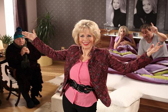 Jana Švandová si v novém sitcomu zahraje tchyni.