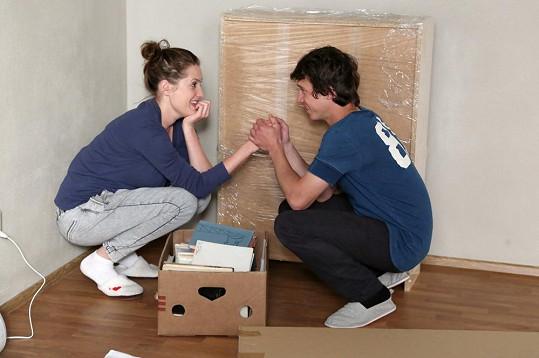 Herečka hraje dívku, která si vroucně přeje se konečně vdát.