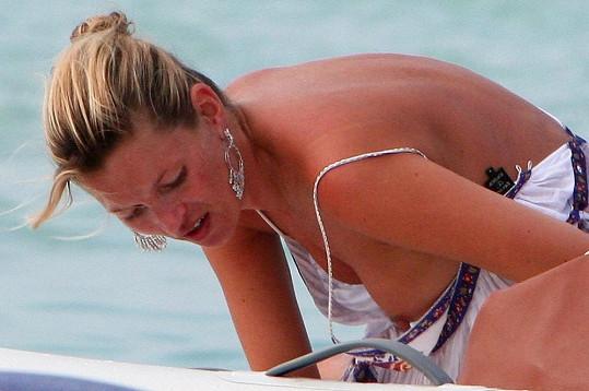 Kate Moss v roce 2008 na ostrově Formentera.