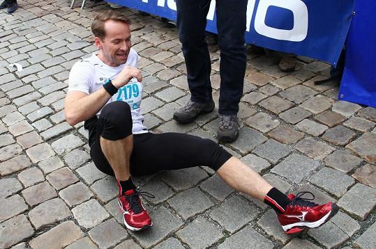 Jan Révai má sportem vypracované tělo.