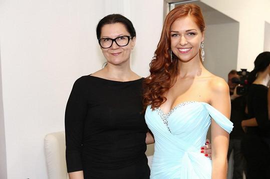Kovandovou oblékla do svých modelů návrhářka Taťána Kovaříková.