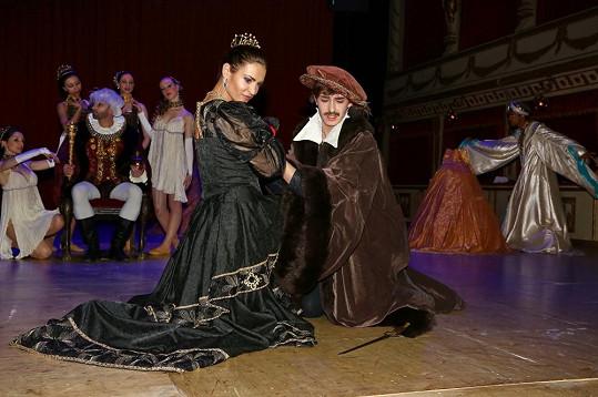 Hanka Kanychová coby Lady Macbeth.