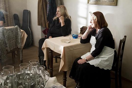 Ve filmu se objeví i Iva Janžurová.