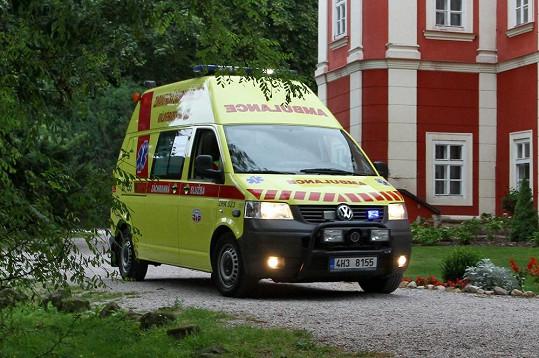 Záchranka byla po oznámení události brzy na místě.