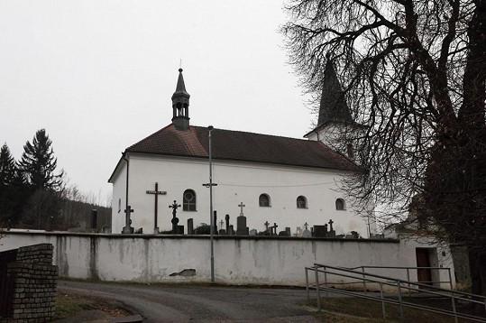 Hřbitov v Malenicích.