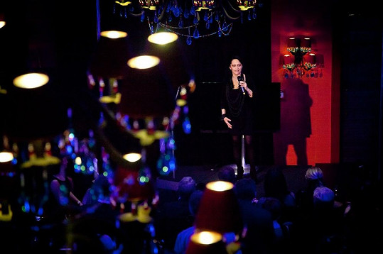 I letos zazpívala na každoročním večírku hotelového řetězce Lucie Bílá řadu známých písní ze svého repertoáru.