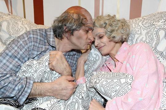 Herci spolu laškovali i jako důchodci.