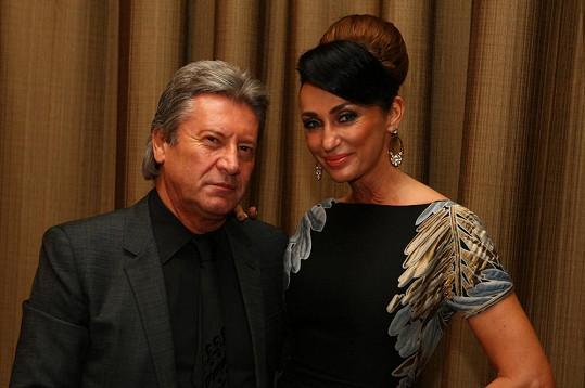 Sisa s manželem Jurajem Lelkesem. Barevně by ladili...