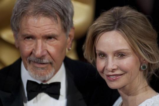 Calista stárne rychleji než Harrison.