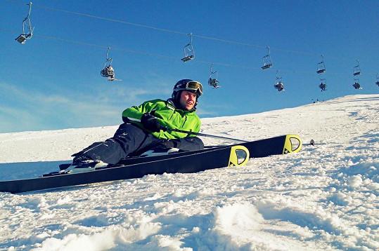 Foret zkoušel lyžovat i závodně.