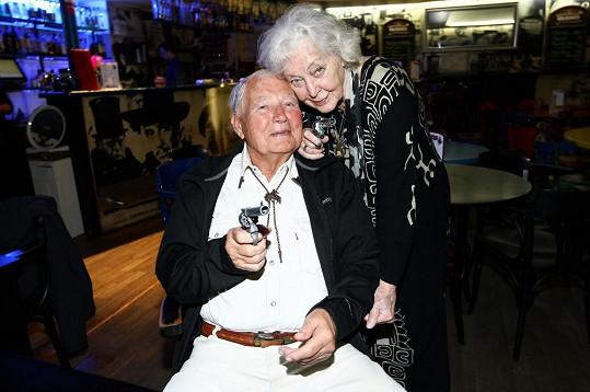 Fiala s filmovou Tornádo Lou Květou Fialovou
