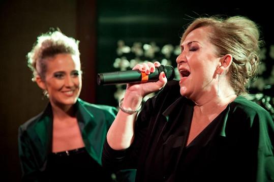 Bára se zpěvačkou Evou Kleinovou.