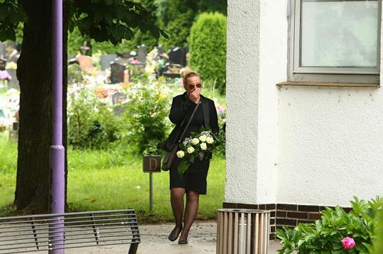 Na pohřeb Katarína nepřicházela v průvodu.