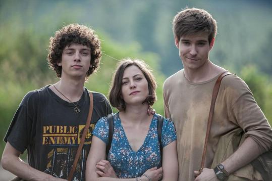 Jan Cina, Johana Matoušková a Vladimír Polívka točí od června film Místa.