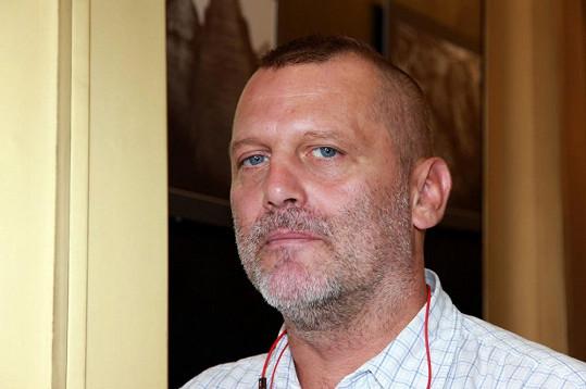 Tomáše Valíka trápí, že ho nemůže Obermaierová vystát.
