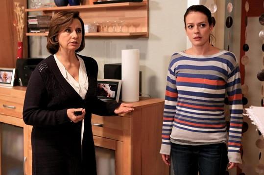Andrea Kerestešová a Veronika Freimanová se po seriálu Vyprávěj potkají v Cestách domů.