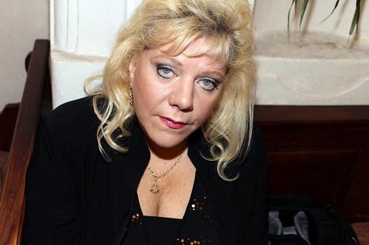 Marie Pojkarová tentokrát výstřih neukázala.