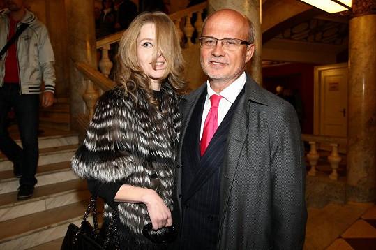 Přišel i Michal Horáček s manželkou.
