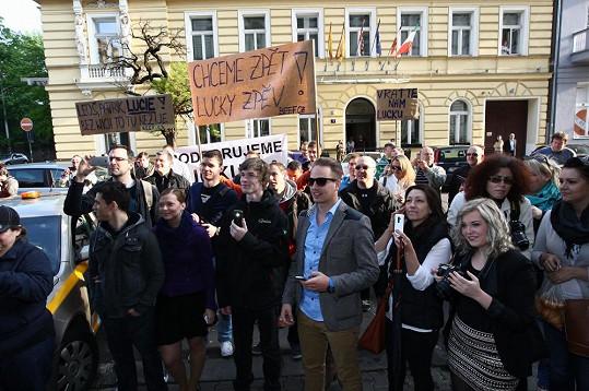 Fanoušci chtějí návrat Lucie Šilhánové.