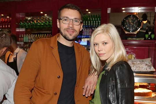 Lukáš a jeho nová přítelkyně Veronika Fašinová jsou krásný pár.