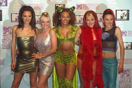 Ve Spice Girls měla Beckham alias Posh Spice velikost 75A.