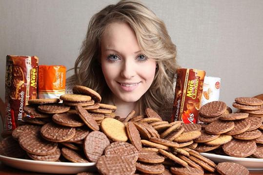 Angličanka nemohla léta odolat těmto čokoládovým sušenkám.