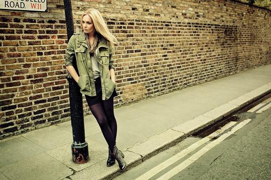 Táňa fotila kolekci bot podzim a zima v Londýně.