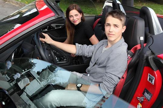 Lucka Zedníčková a její syn Mikuláš, který jde spíš do podoby otce.