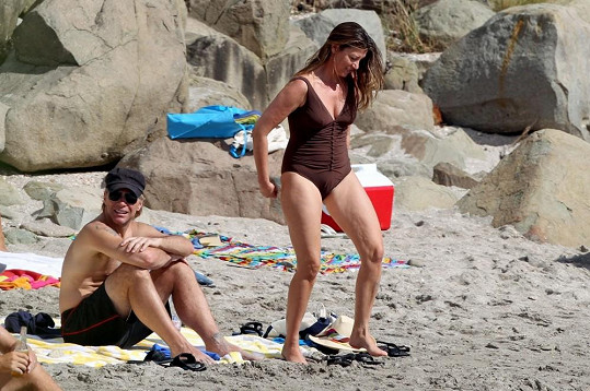 Bon Jovi s manželkou Dorotheou.