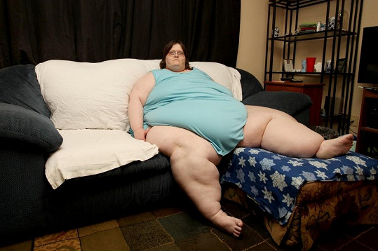 Charity Pierce kvůli obezitě nevychází z domu.