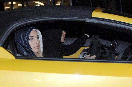 Bieber chvíli před zatčením s modelkou Chantel Jeffries