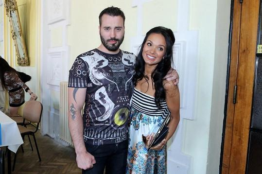 Vašek s těhotnou přítelkyní Gábinou