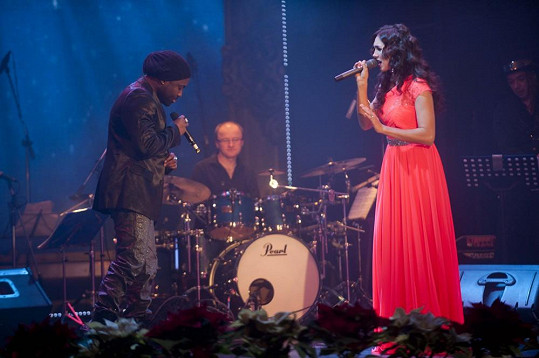 Kamila s Manem si střihli duet.