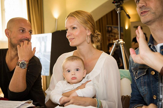 Syn modelky Karolíny Bosákové je neskutečně roztomilý.