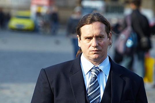 Potměšil natáčel na Staroměstském náměstí. Jeho postava projde zásadním vývojem. Z uvězněného podvodníčka se stane právník.